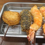 串カツさくら - タマネギ、ナス、エビ