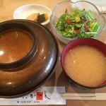 84439273 - ♪ふんわり親子丼セット(ご飯大盛り)...ビフォー