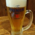 くし家 串猿 - 生ビールはプレミアムモルツ。