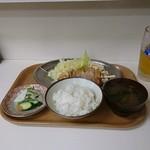 甲田 - 特製日替り定食。
