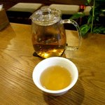 84448239 - サービスの中国茶!