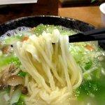 恵泉 - ピロピロっとした手延ばし麺!