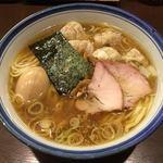84452555 - わんたんめん(醤油)
