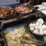 サボテン - 鶏肉、卵、野菜
