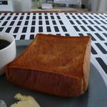 ル・ミトロン・食パン - いつも通りに焼いたらすごく焼けました