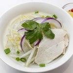 鶏肉のフォー ☆☆☆ 米粉+タピオカ粉でもちもち食感