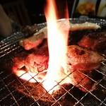 炭火焼肉 ホルモン会館 -