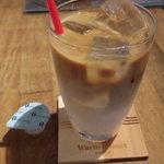 ウォームハートコーヒー - ドリンク写真:カフェラテ・アイス