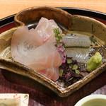 日本料理 太月 - 大分桜鯛、静岡マハタ、神奈川松輪さよりのお造り