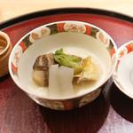 日本料理 太月 - めばる、ずいき、こしあぶらの炊き合わせ
