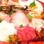 84468800 - 大漁盛り                       美味しい新鮮なお刺身がたっぷり