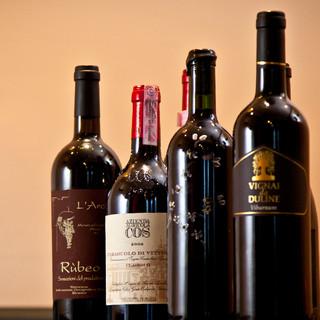 肩肘張らず楽しむ!イタリアンと自然派ワインは名コンビ。