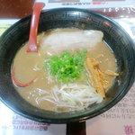 麺屋 八頭龍 - 豚骨魚介ラーメン