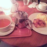 8447110 - アップルパイ&紅茶