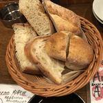 グッドミート・バル - お通しのパン
