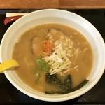札幌鮭ラーメン麺匠 赤松 - 醤油ラーメン。