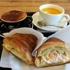 ゼブラ コーヒーアンドクロワッサン - 料理写真:海老タルタルサンドイッチ、カプチーノ、にんじんポタージュ