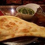 インド料理モハン - サグチキン(カレー大盛り)