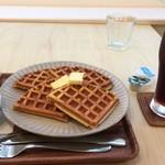 はつみやcafe - 料理写真:ワッフル