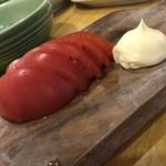 ぶあいそ - トマト