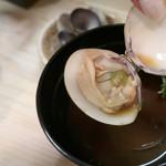 鮨でですけ - 赤出汁の貝汁