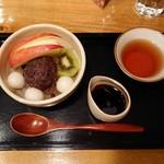 甘味処 あかちゃ家 - 料理写真:あんみつ580円