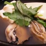 84498444 - 牡蠣湯豆腐