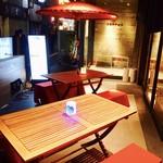 焼鳥酒場 本田商店 - 暖かい日は特にオススメです