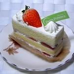 プティ・パトラン洋菓子店 - 苺のショートケーキ