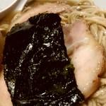 らぁめん家 有坂 - 【2018.4.20(金)】味玉醤油らぁめん(並盛・130g)880円ののり