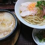 84503436 - 鶏ドロつけ麺大盛♪