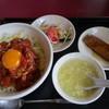 海皇 - 料理写真:久米島産マグロのユッケ丼