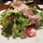 イルリトローボ - 生ハムミニトマトチーズのサラダ