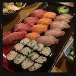 すし居酒屋 すすむ - 握り巻き寿司