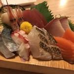 寿美鈴 - 料理写真:お刺身盛り合わせ