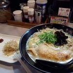 鶏王けいすけ - 贅沢感ある鶏白湯(とりぱいたん)らーめん♪