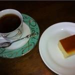 シェモア - ベイクドチーズケーキと紅茶