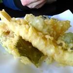 お食事処 つくし - 天ぷら盛り合わせ