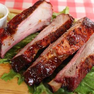 こだわり抜いた「究極の肉汁スペアリブ」を体験してみませんか?