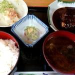 呑み喰い処 奥飛騨 - サバみそ煮定食(680円)
