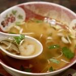 サワデーすみ芳 - トムヤムスープ