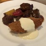 レストラン潮 - 牛肉のグリルと魚のフライ