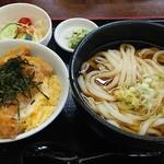 うどん万福 - カツ丼定食。