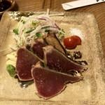 活魚 漁ま - カツオのタタキ塩¥1,280