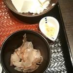 大戸屋 - 手づくり豆腐~削りたて鰹本枯節付き~