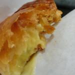 信州りんご菓子工房 BENI-BENI - カ焼きたてスタードアップルパイ