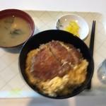リュウカダイニング - 料理写真:カツ丼のセット