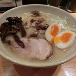 二代目つじ田 味噌の章 - 味玉入り味噌ラーメン900円