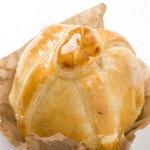 パティスリーピラミッド - 丸ごとアップルパイ