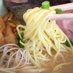 ラーメン山岡家 - この麺!めっちゃ美味しい〜(๑´ڡ`๑)♬
